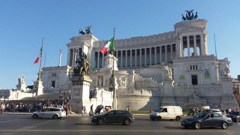 Residenza I Pini Rome