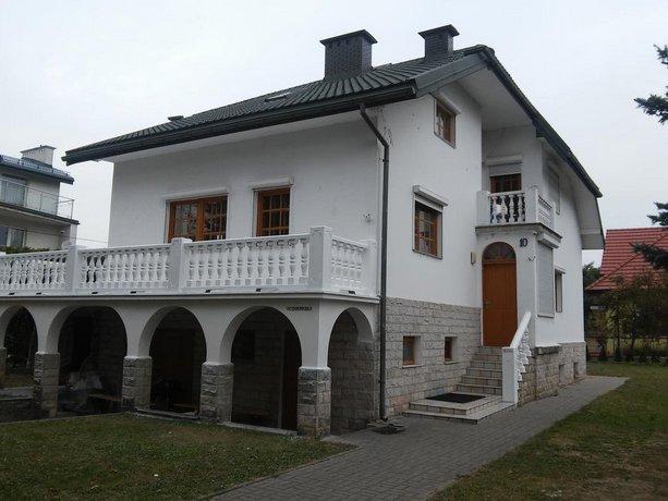 West Hostel - Uczniowska