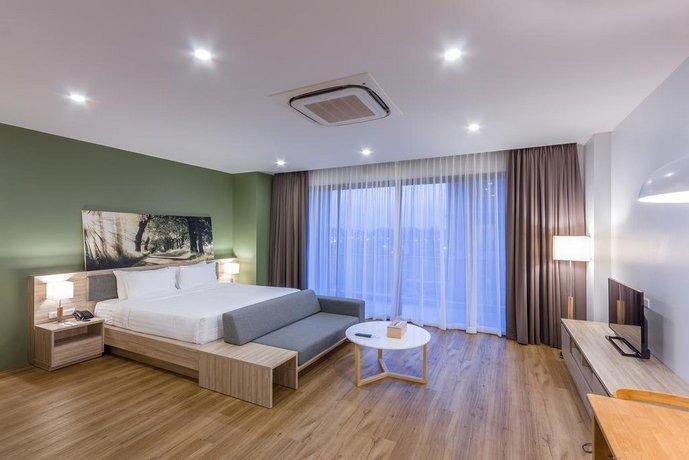 Serenity Hotel and Spa Kabinburi, Kabin Buri - Compare Deals on