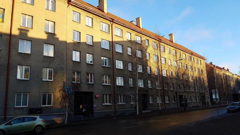 Island Square Apartment