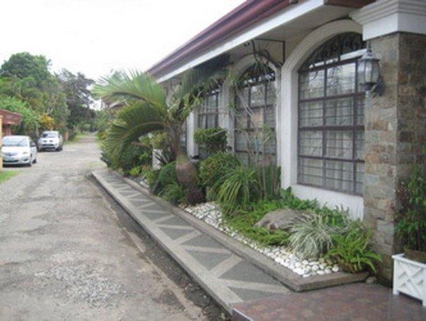 G and E Garden Pavilion and La Verandah Hotel