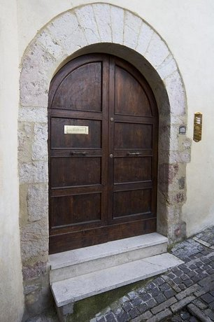 L'Arco Romanico