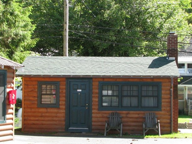 Pine Knoll Lodge & Cabins Inc