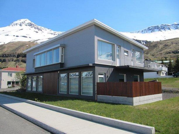 Seydisfjordur Apartment