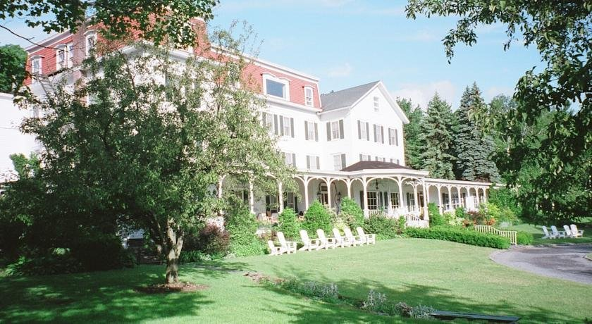 Winter Clove Family Inn