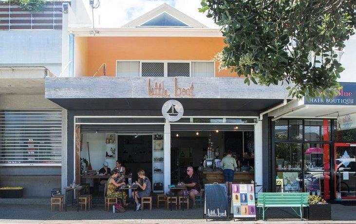 Surf Club House Pet Friendly Sunshine Coast Holiday House Marcoola