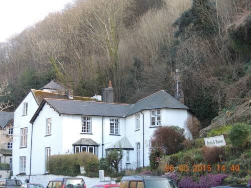 Orchard House Hotel