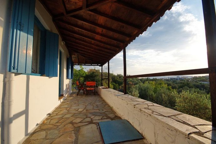 Limani Cottage