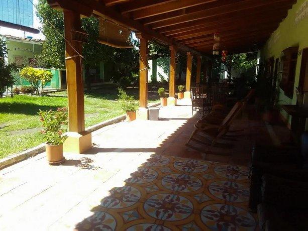 Hotel Refugio J G