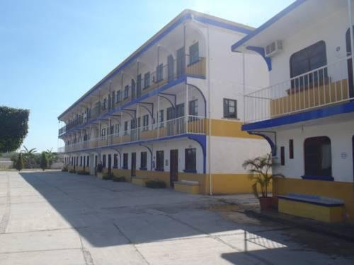 Hotel San Carlos Itzamatitlan