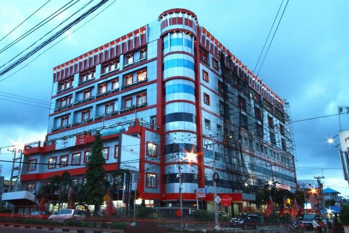 Puncak Hotel Bangka