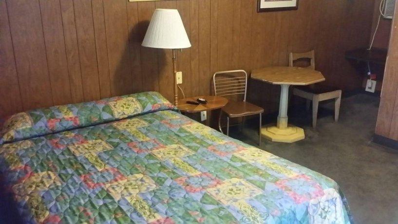 Rainbow Motel Greeley