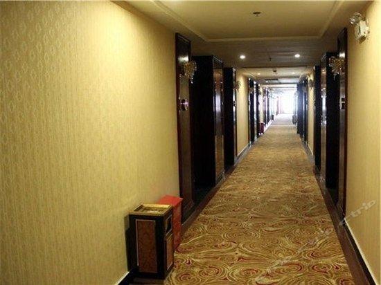 Sanjiangkou Mingcheng Hotel