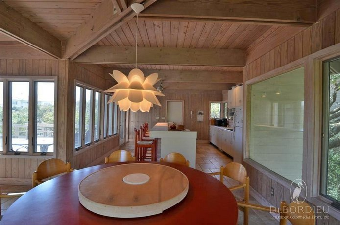 104 The Nautilus 5 Br Home By Redawning