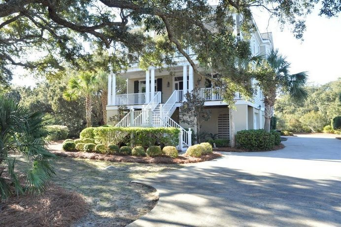 168 Southern Charm 5 Br Home By Redawning