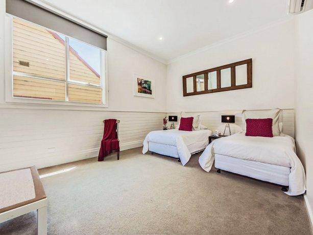 Tuck Inn Yarra Valley