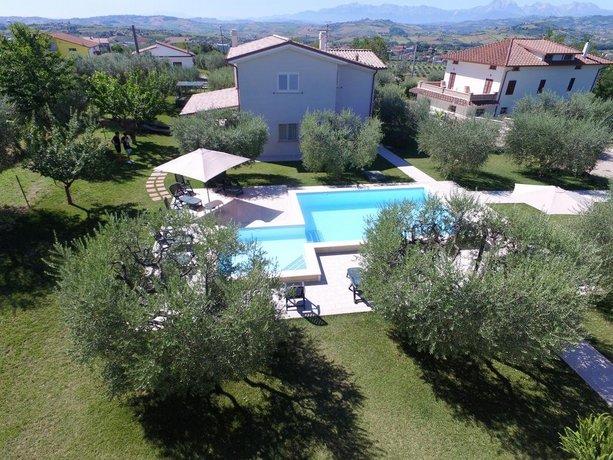 Villa Torri Torano Nuovo