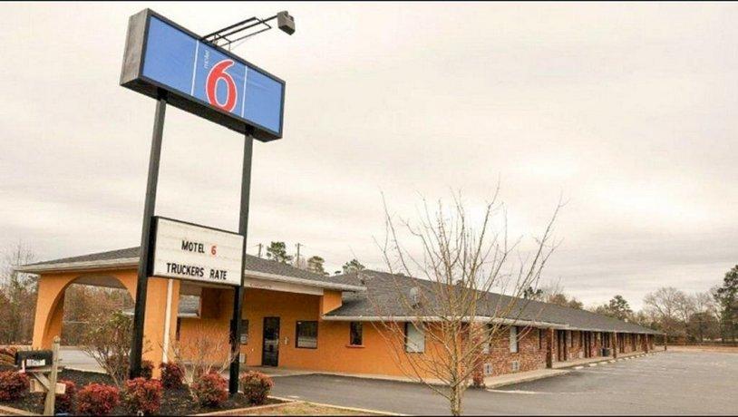 Motel 6 - Sumter