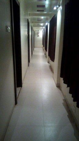 Hotel Golden Dream Lodging