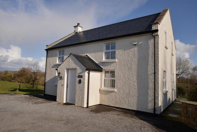 Shamrock Cottage Leggs