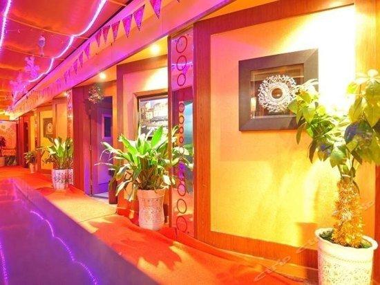 Yong An Hotel Yibin