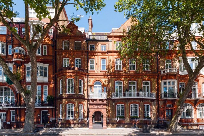 The Chelsea Embankment Apartment