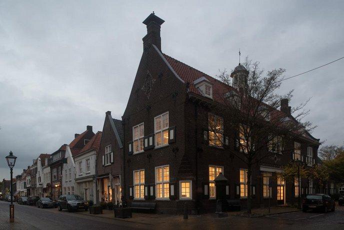 Vesting Hotel