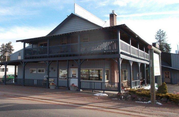 Dawson House Lodge