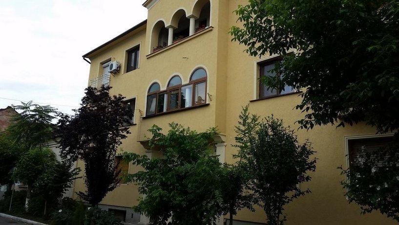 Moonlight Apartments Oradea