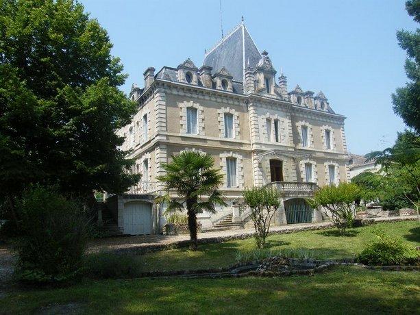 Chateau De Pile