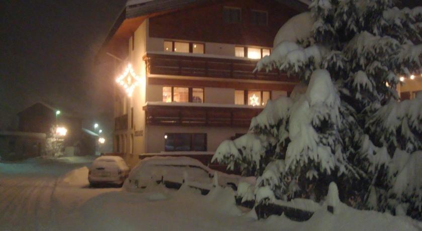 Apartments Saasunia