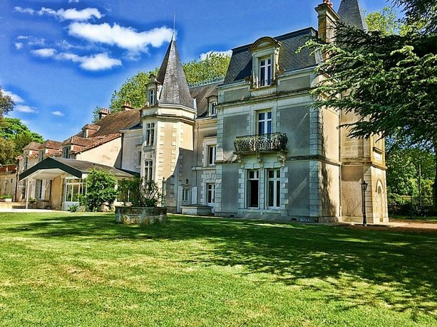 Chateau L'Hubertiere near Poitiers