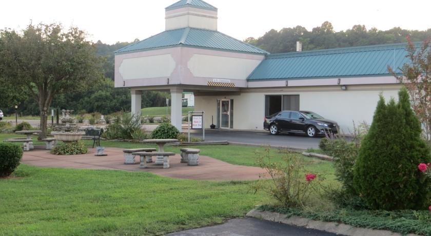 Motel 6 Pulaski
