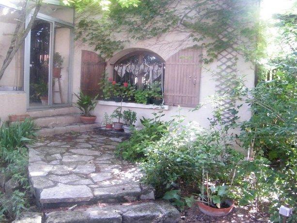 Chambres d'Hotes Au Vieux Cypres