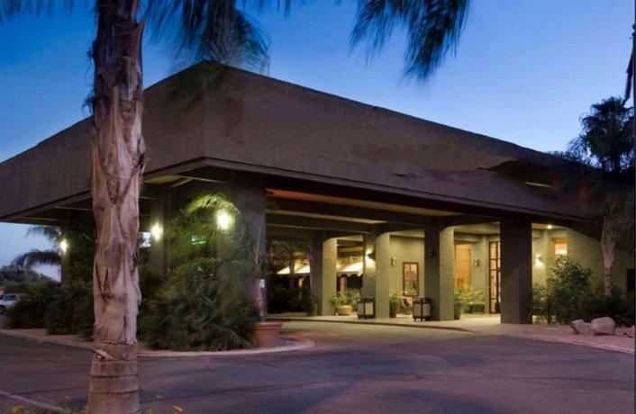 Ramada by Wyndham Tucson Hotel