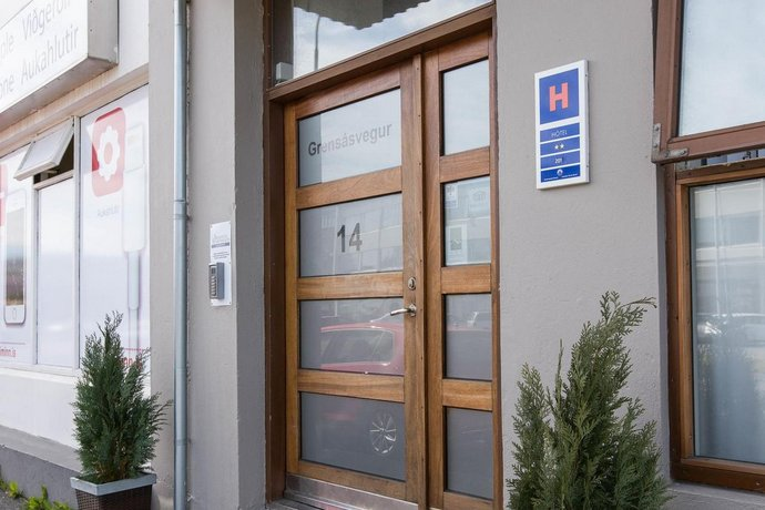 Atlantic Apartments Amp Rooms Reykjavik Compare Deals