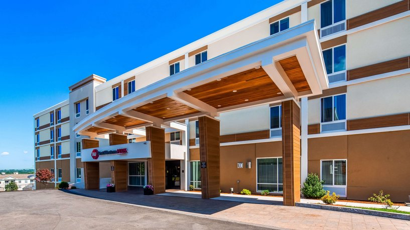 Best Western Plus North Shore Hotel