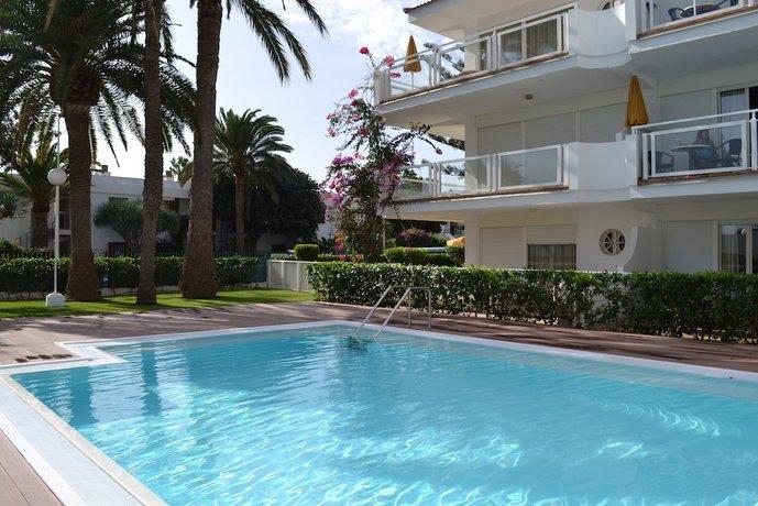 Montemayor Apartments