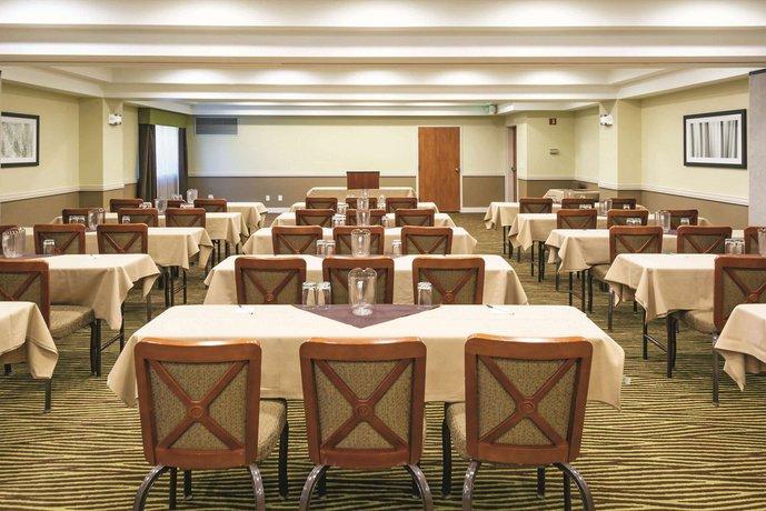 Inn & Suites Boise Towne Square - Compare Deals