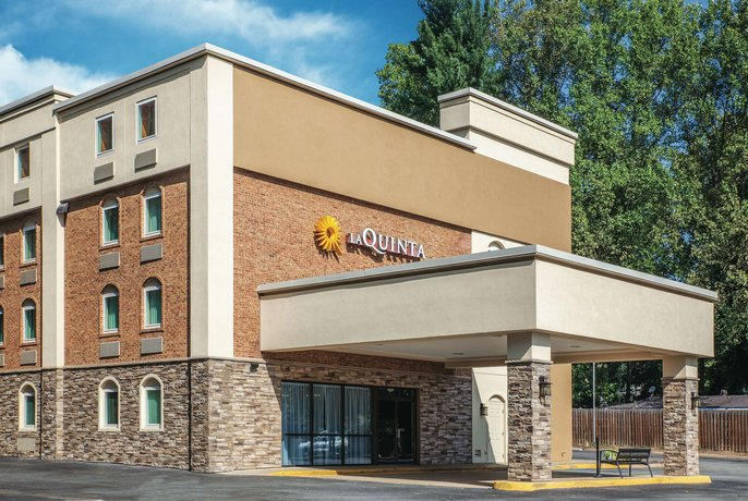 La Quinta Inn & Suites Charlottesville-UVA Medical