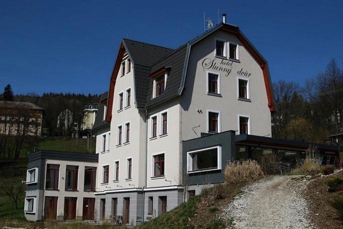 Hotel Slunny Dvur
