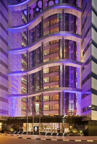 DoubleTree by Hilton Hotel and Residences Dubai - Al Barsha