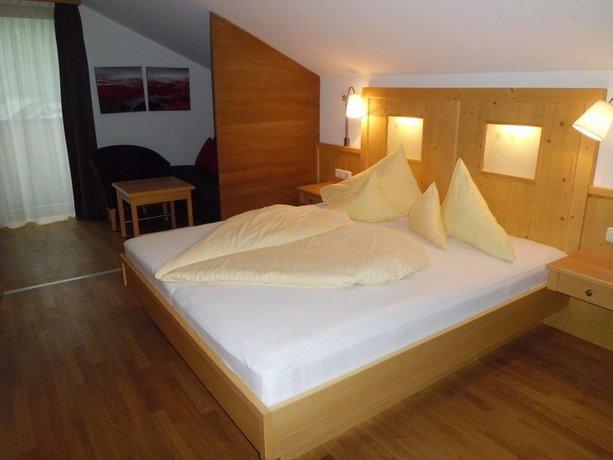 Alpenhotel Post Au Compare Deals
