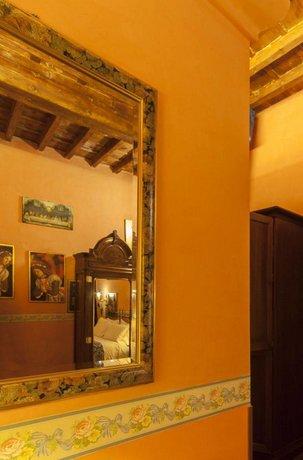 Soggiorno La Pergola, Florence - Compare Deals