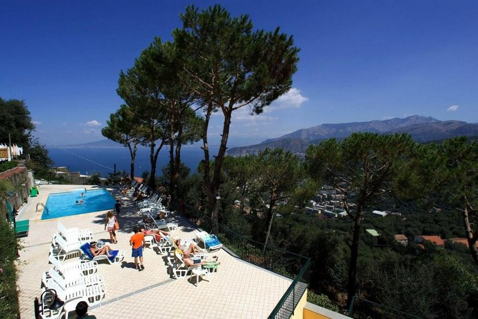 Residence Le Terrazze Sorrento Compare Deals