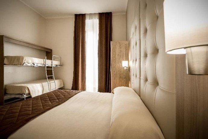 Hotel Bel Soggiorno, Genoa - Compare Deals