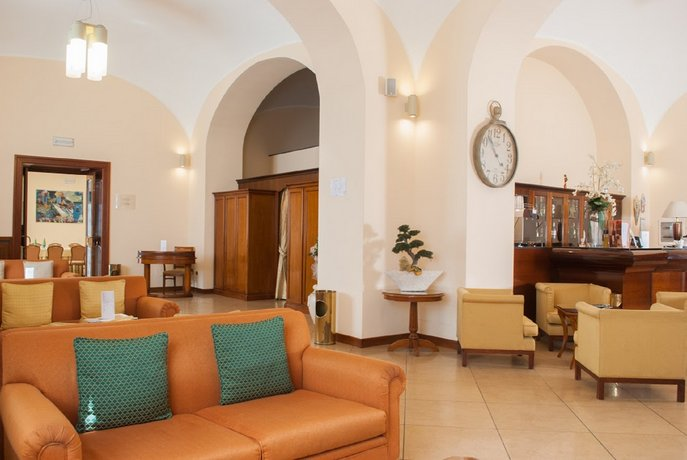 Le Cheminee Business Hotel Napoli, Neapel - Die ...