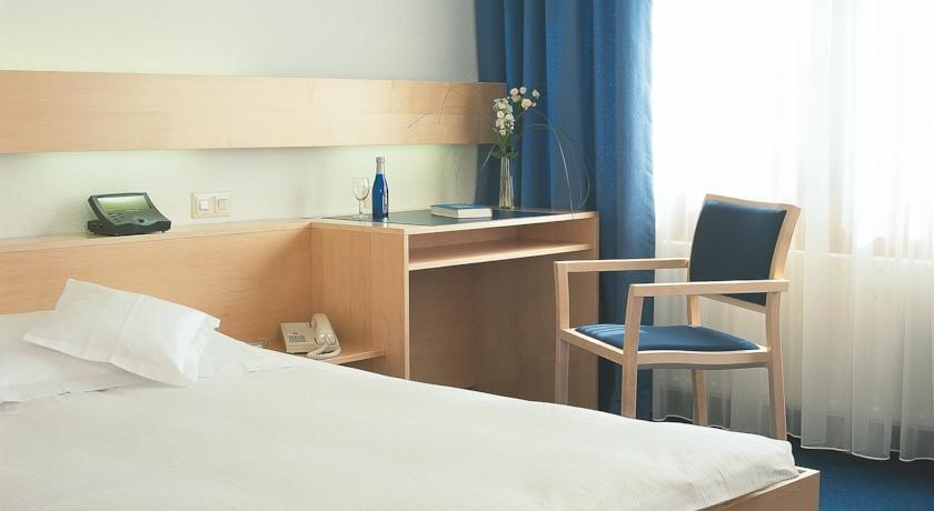 Comfort Hotel Atlantic Munchen Sud Ottobrunn Die Gunstigsten Angebote