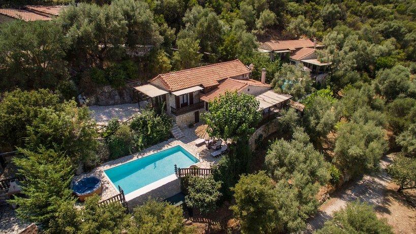 Arethousa Villas