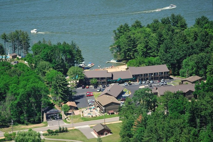 Bakers Sunset Bay Resort Wisconsin Dells Compare Deals